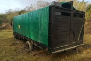 camión del Ejército y vehículos con contrabando en Zacapa