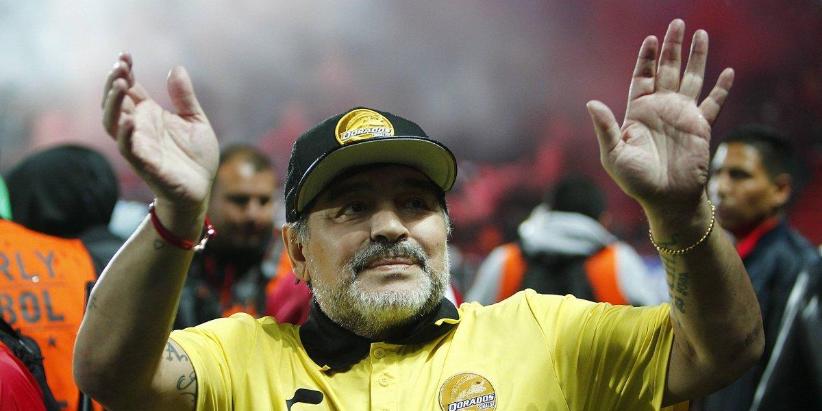 Operan a Diego Armando Maradona en Argentina