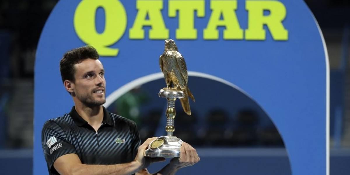 Tras derrotar a Djokovic, Bautista se consagra en el torneo de Doha