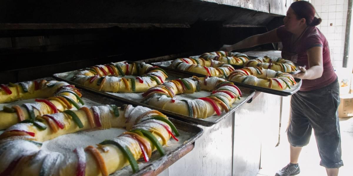 Gobierno de la CDMX reparte Rosca de Reyes en el Zócalo y en las alcaldías