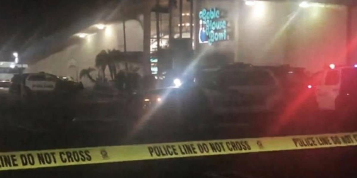 Al menos 3 muertos y 4 heridos en tiroteo en una bolera en Los Ángeles (EEUU)