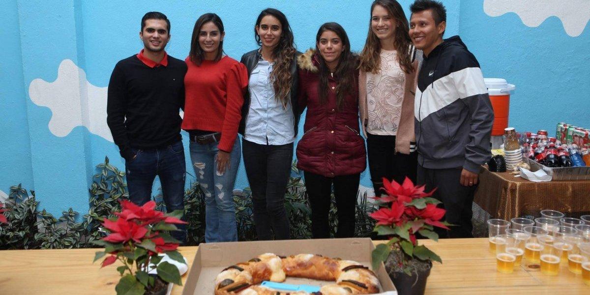 Con la mira en Tokio 2020, atletas parten Rosca de Reyes