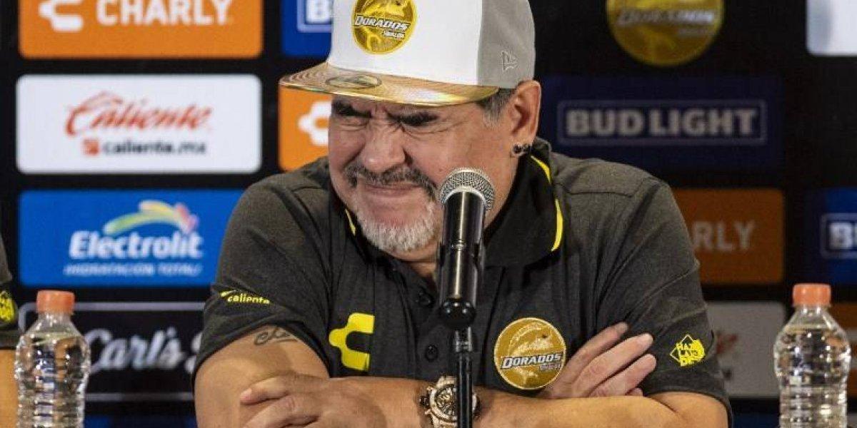 VIDEO. Maradona lanza un insulto tras salir de la clínica donde estaba internado