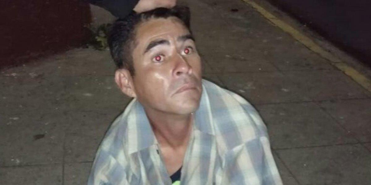 Hombre fue grabado violando a niño en plena calle y jueza lo deja en libertad — Indignante