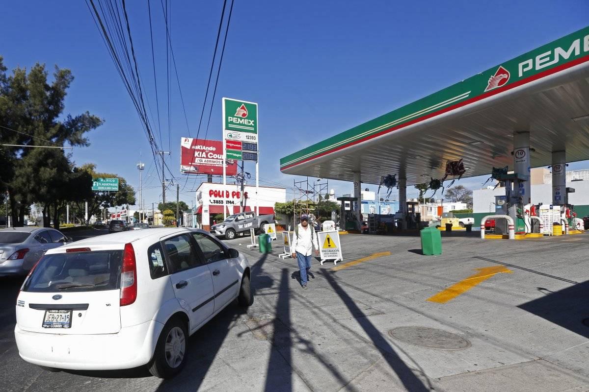 El desabasto de combustible era mucho más notorio en estaciones de servicio hacia el poniente de la metrópoli. FOTO: Cuartoscuro
