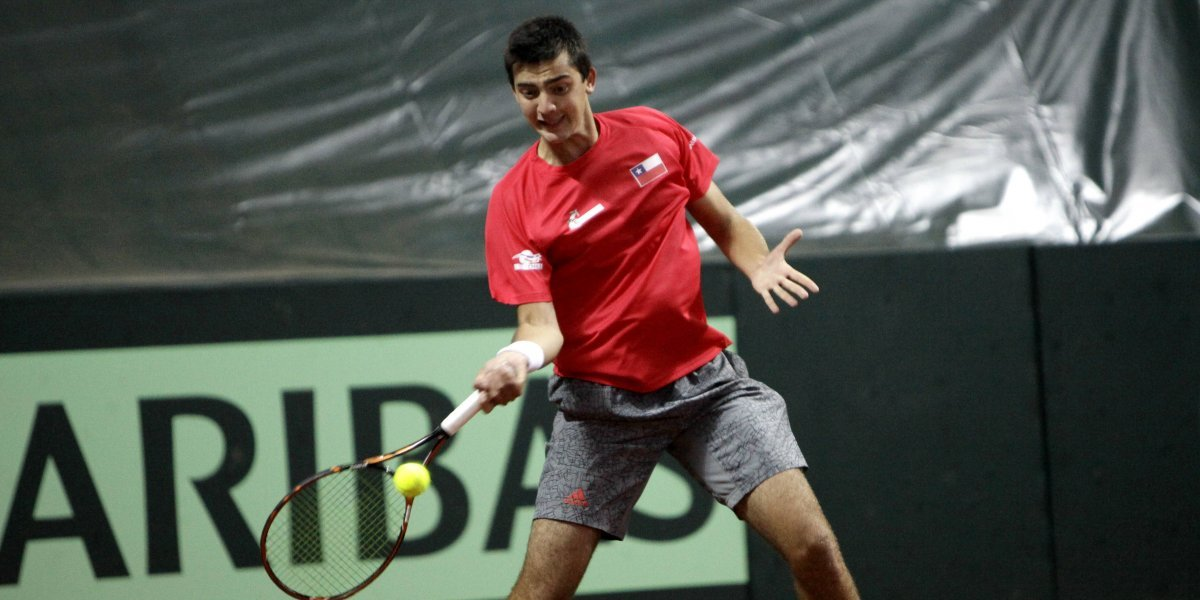 Tomás Barrios ganó con la suerte de principiante en su debut en el Challenger de Canberra