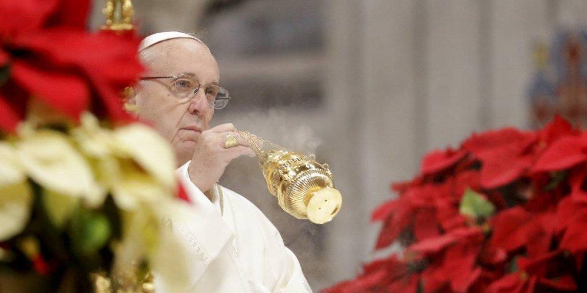 Papa Francisco pide ayudar a pobres y sin techo en la Epifanía