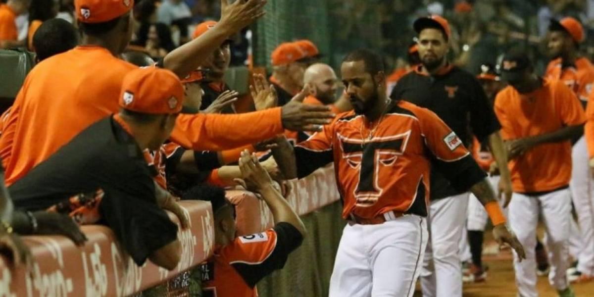 Toros se quedan solos en el liderato de semifinal del béisbol invernal
