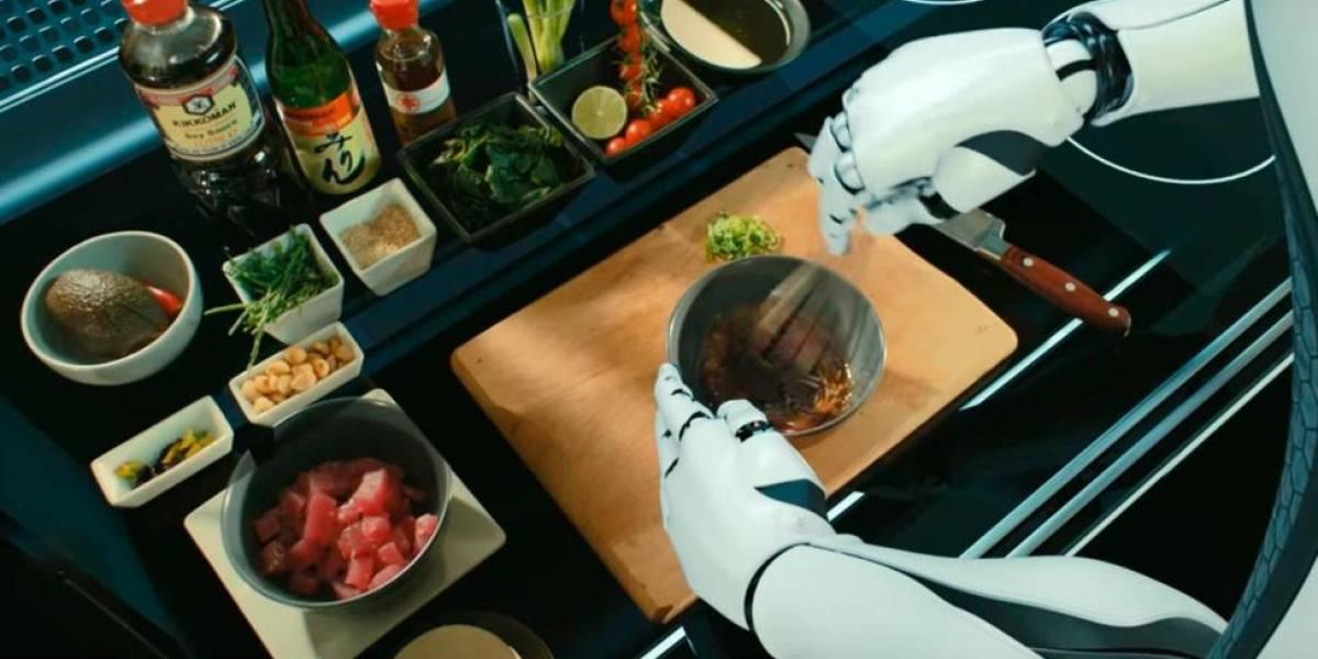 O chef robô que prepara um hambúrguer gourmet em 30 segundos