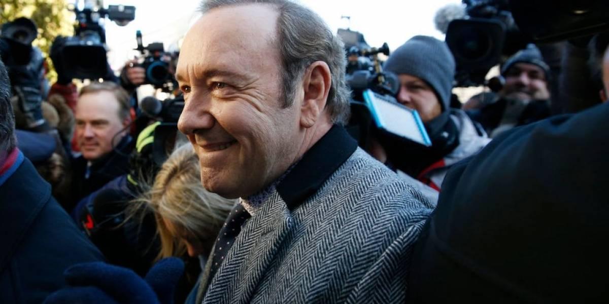 Kevin Spacey se declara inocente de acusação de abuso sexual; relembre o caso