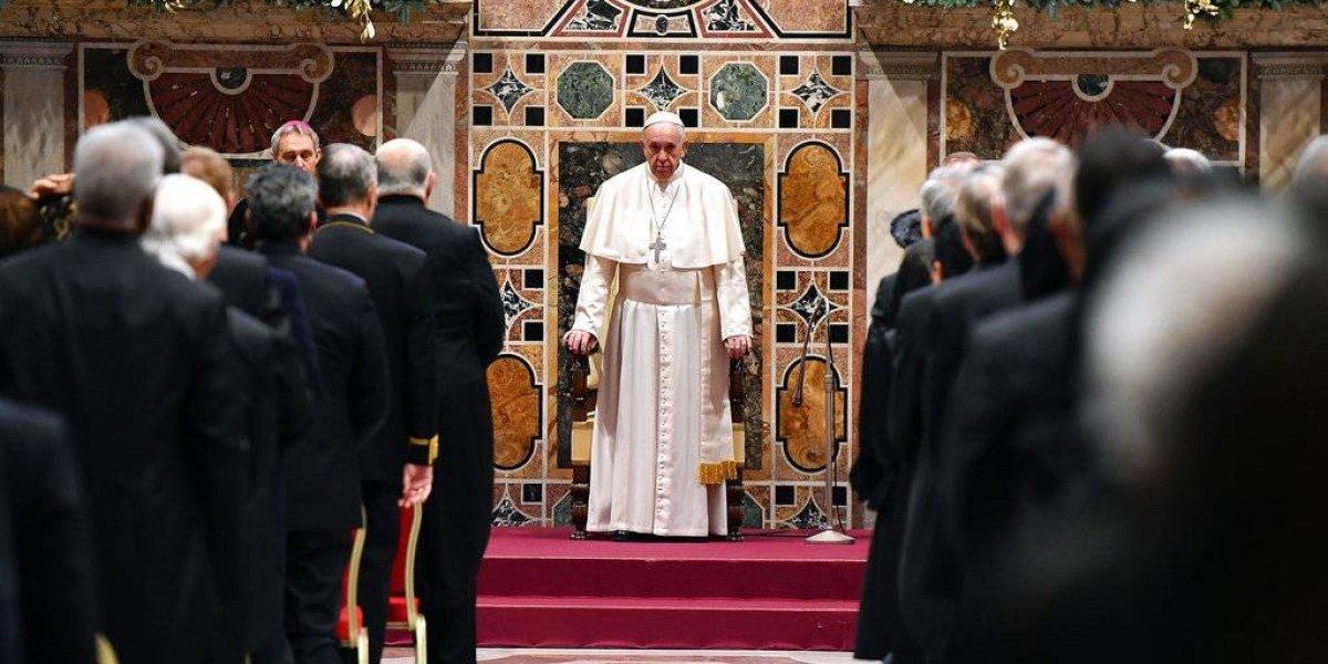 """Abuso sexual contra menores es """"una de las plagas de nuestro tiempo"""", condena el Papa"""