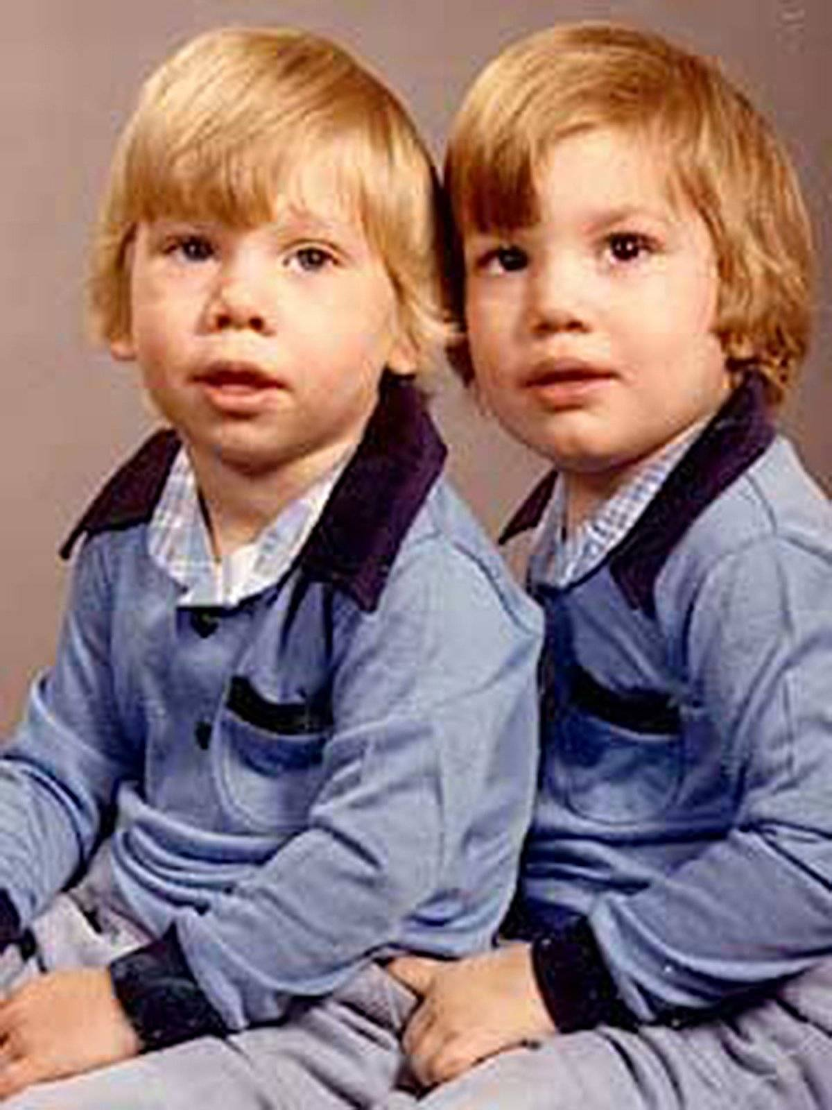 Ashton Kutcher y su hermano Michael