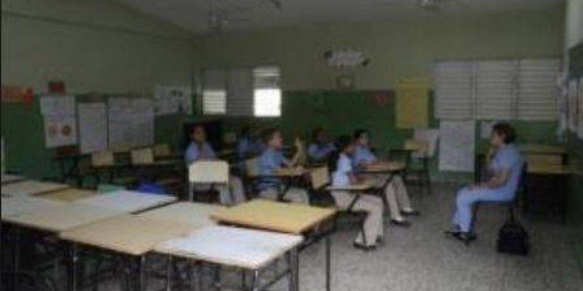 Tímido reingreso de estudiantes a las aulas