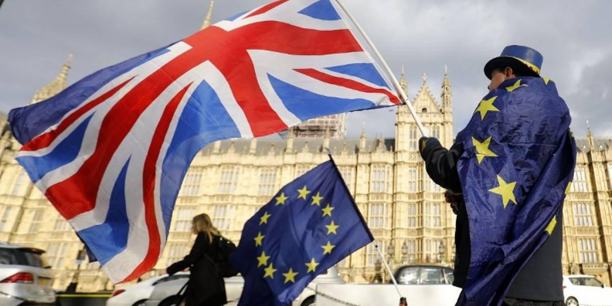 El Brexit vuelve al parlamento británico antes del voto decisivo