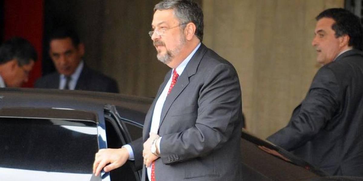 Palocci presta depoimento ao MPF sobre desvios em fundos de pensão