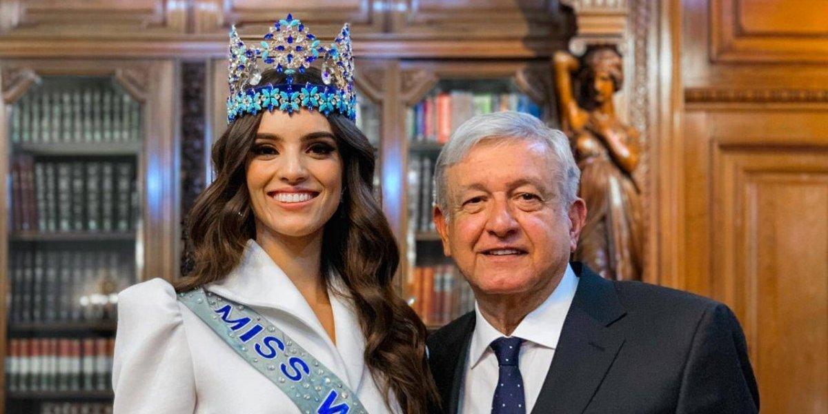 AMLO recibe en Palacio Nacional a Miss Mundo 2018