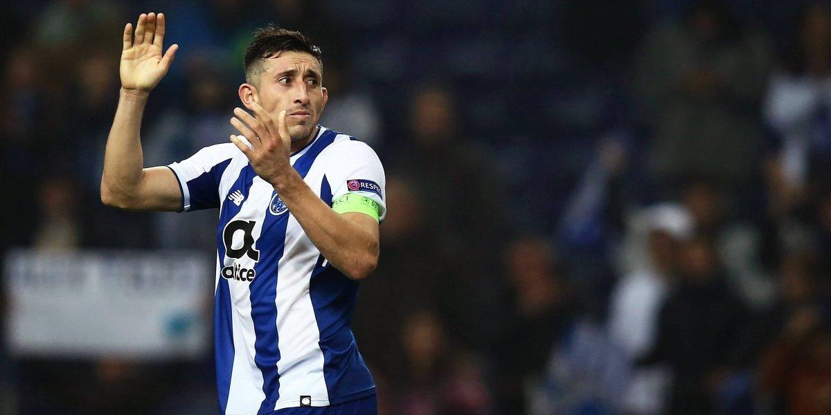 Roma y Milán van por Herrera; Inter se retira