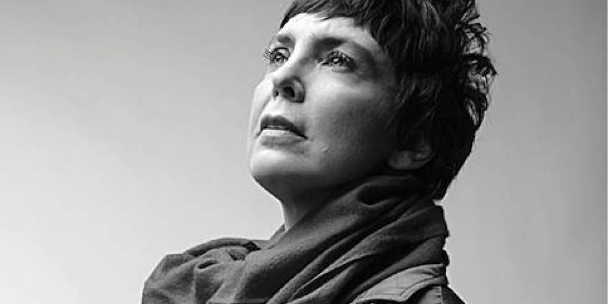 Nova geração da MPB faz tributo a Adriana Calcanhotto em 'Nada Ficou no Lugar'