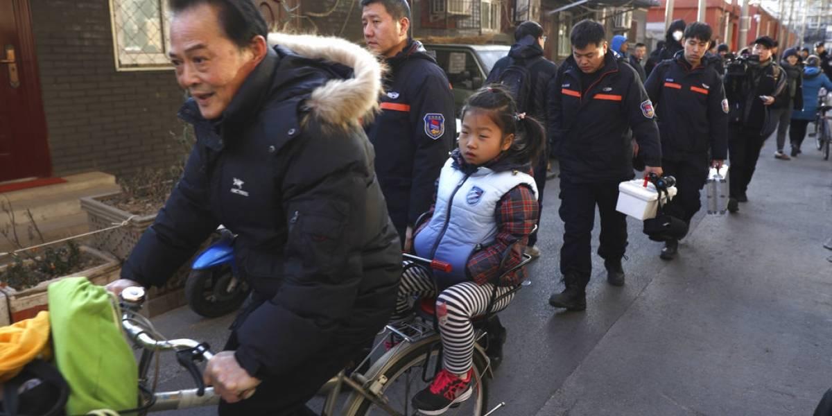 20 niños heridos en ataque con martillo en una escuela de China