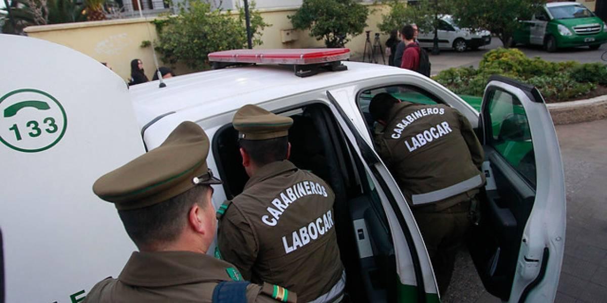 Violento asalto a anciana de 77 años en Las Condes: delincuentes la dejaron maniatada por dos horas