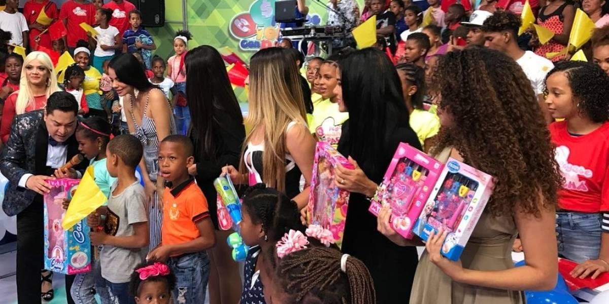 """Programa """"Pégate y Gana con el Pachá"""" entrega juguetes a miles de infantes"""