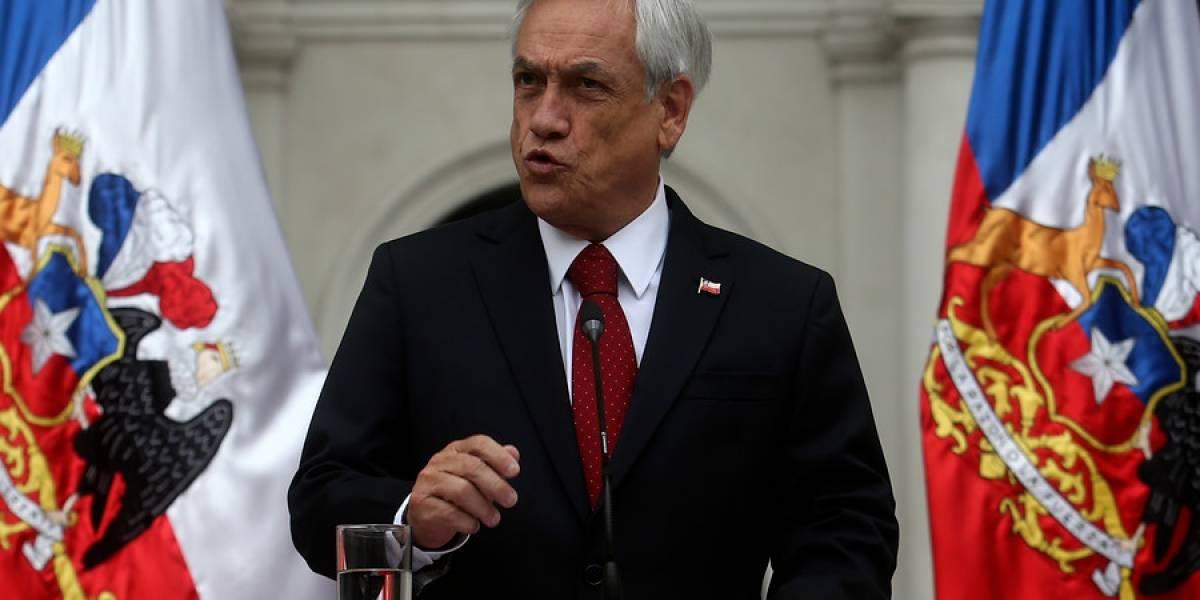 """Presidente Piñera entrega firme respaldo a ministro Chadwick y descarta removerlo del gabinete: """"No existe fundamento alguno para una acusación constitucional"""""""