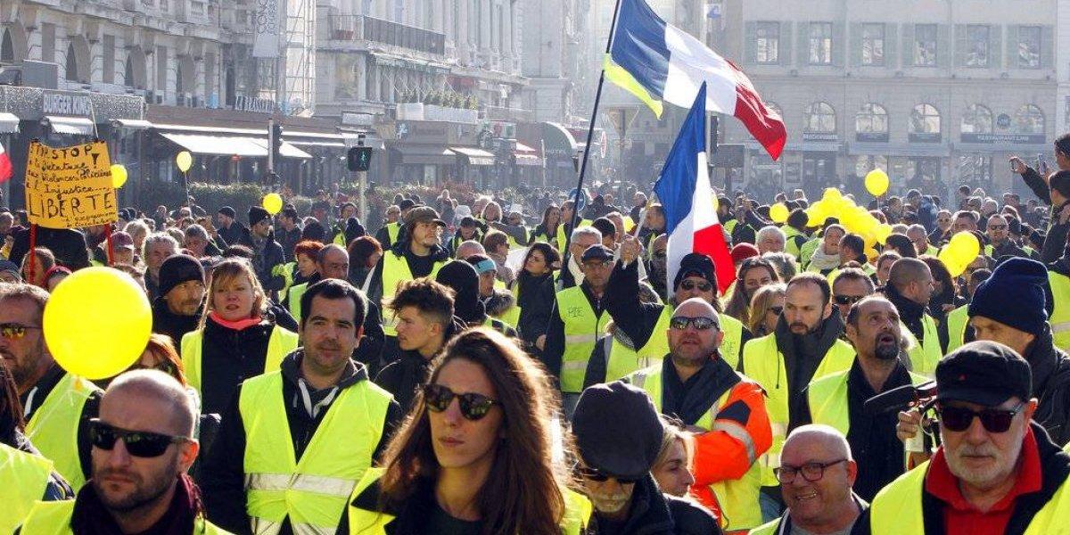 Chalecos amarillos llaman a los ciudadanos a vaciar sus cuentas bancarias