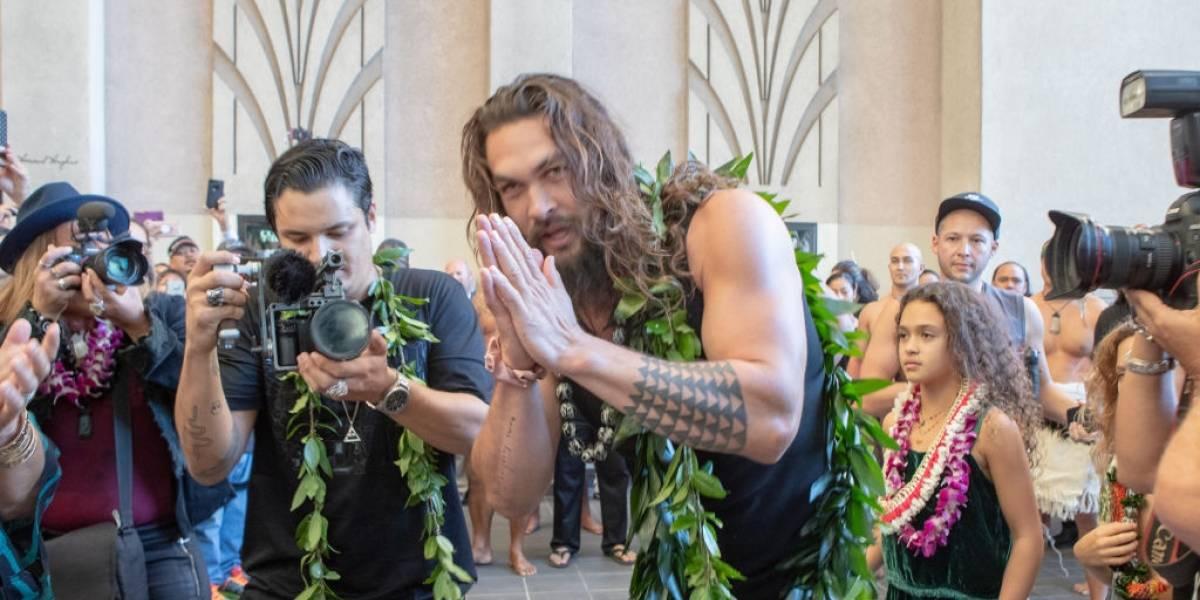 Aquaman: Vídeo em que Jason Momoa assedia a própria filha é fake news; entenda o caso