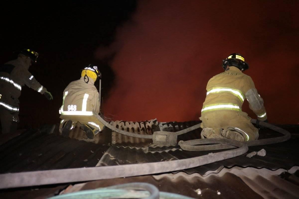 incendio en bodega de zona 7