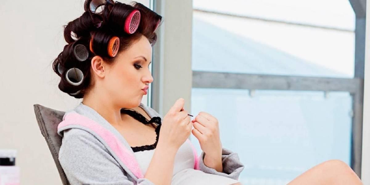 Esto es lo que debes saber sobre la aplicación de tratamientos alisantes y tintes durante el embarazo