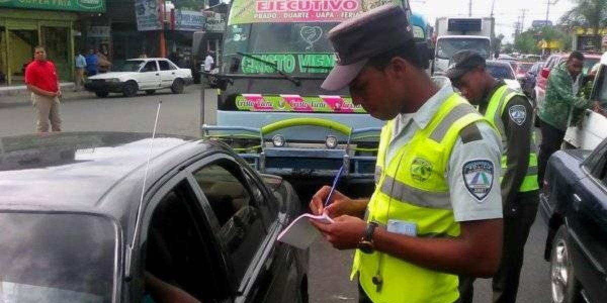 Digesett retiene 331 vehículos por falta de marbete