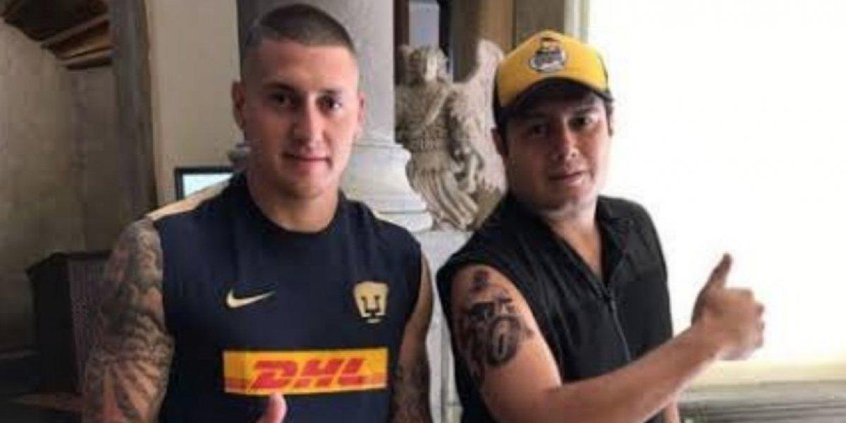 Se tatuó a Nico Castillo con Pumas... ahora, ¿que hará?