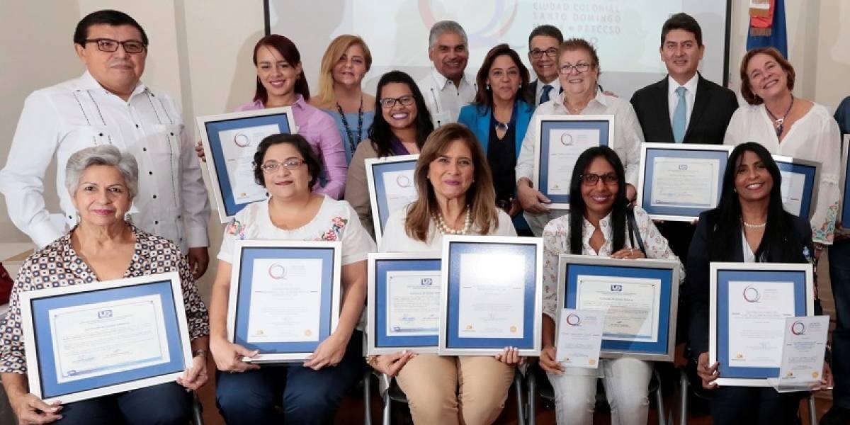 #TeVimosEn: MITUR entrega Distintivo de Calidad a empresas de servicio en Ciudad Colonial