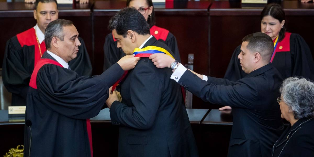 Maduro se posesiona por segunda vez y será presidente de Venezuela hasta 2025