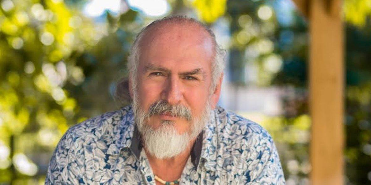 Profesor de microbiología de UPR-RP recibe importante distinción en Japón