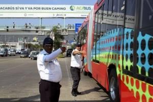 Alza al pasaje en Acapulco