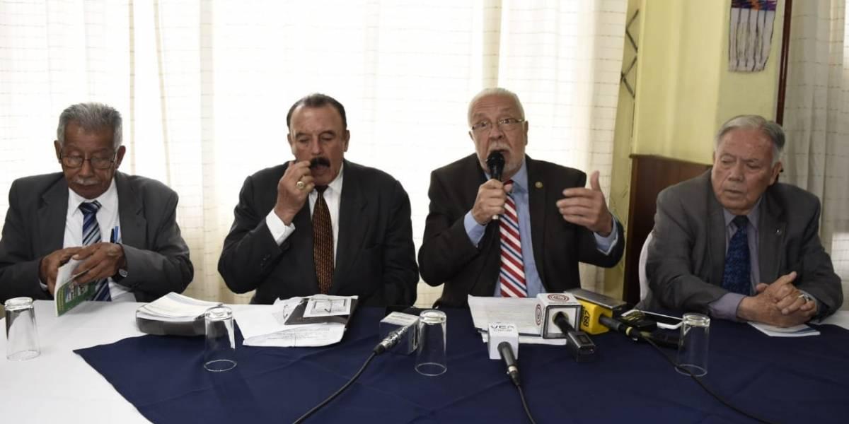 """Exconstitucionalistas: """"La CC ha interpretado erróneamente la Constitución"""""""