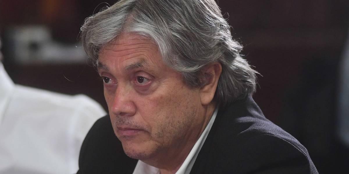 """Es uno de los pocos que fue a Venezuela: Navarro acusa a Piñera de """"golpista"""" y asegura que hay """"un golpe blando"""" contra Maduro"""