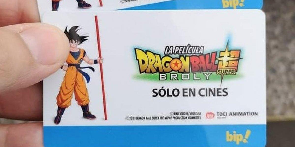 Acusa que en Metro las Bip! de Dragon Ball Z estaban agotadas pero supuesta funcionaria las vende por internet