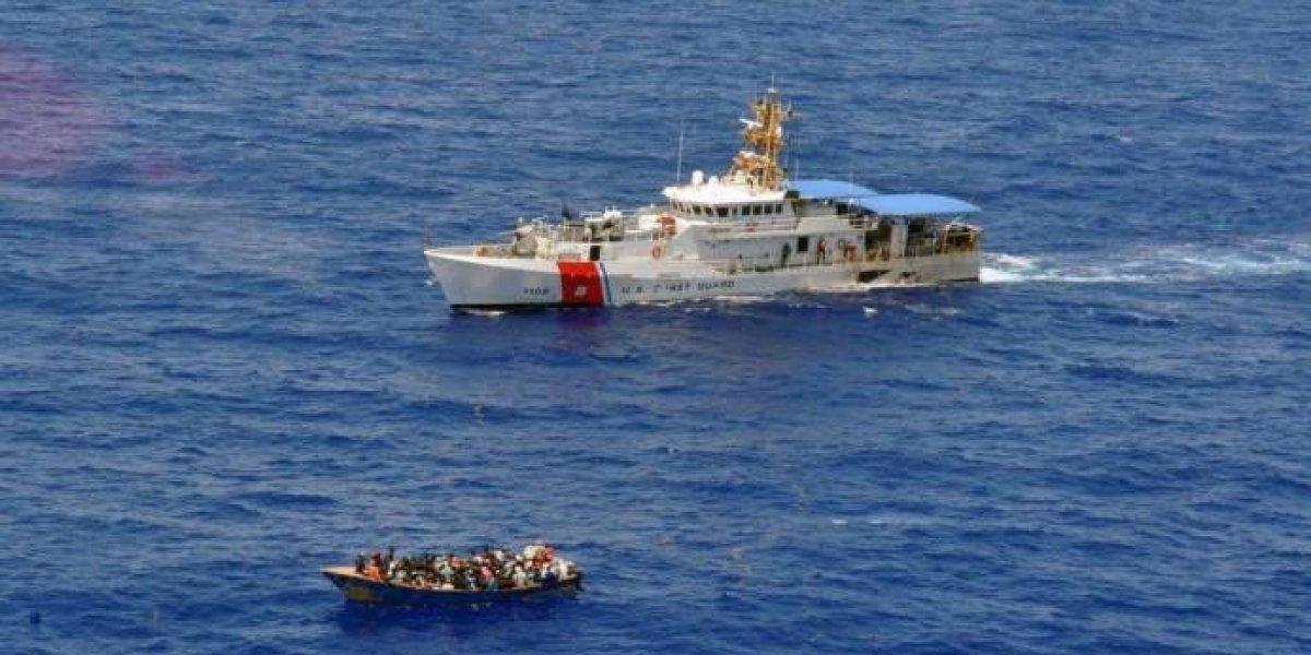 Detienen a 35 dominicanos cerca de la costa oeste de Puerto Rico