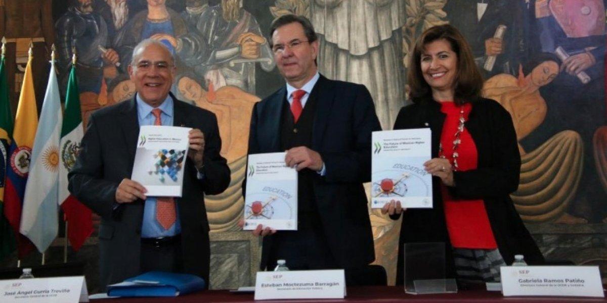 OCDE entrega a la SEP estudios sobre la educación superior en México