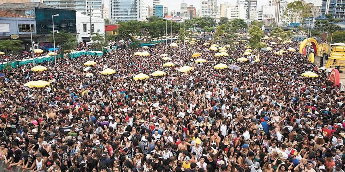 São Paulo tem fim de semana com 18 blocos no esquenta de Carnaval