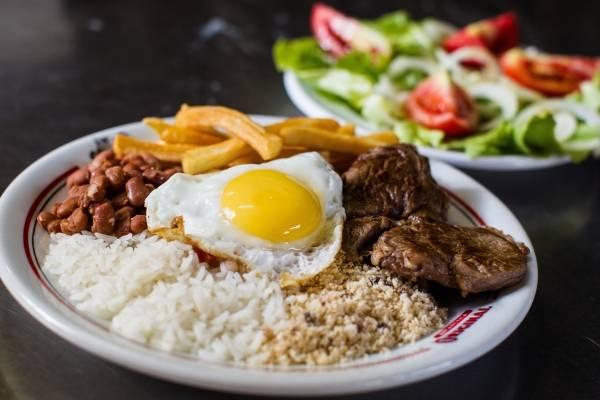 prato feito_ arroz e feijão_ comida_ pf