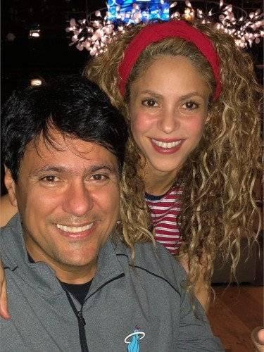 Antonio y Shakira Internet