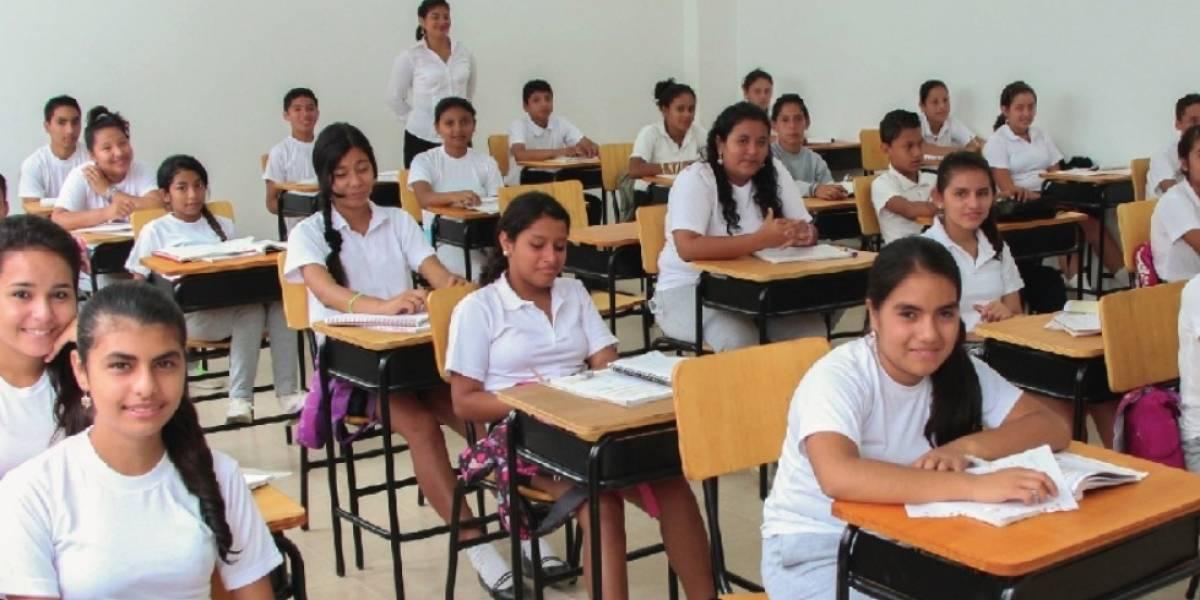 Ministerio de Educación aclara que estudiantes del régimen Costa asistirán a clases hasta el 1 de febrero