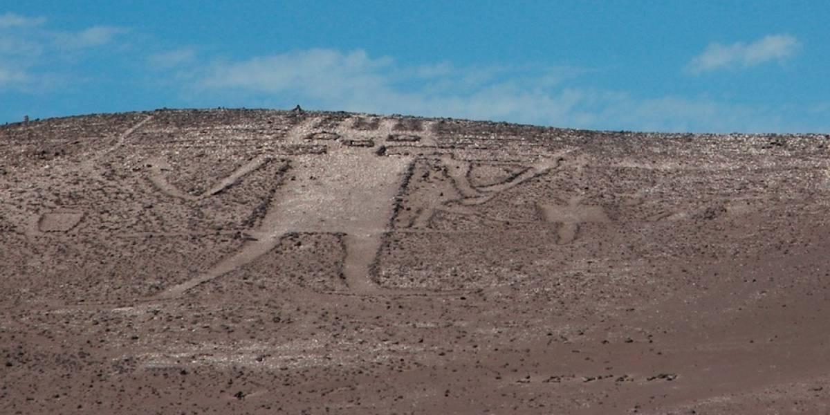 """Ataque al """"Gigante de Atacama"""": tres ciudadanos belgas son los presuntos responsables de dañar al monumento nacional"""