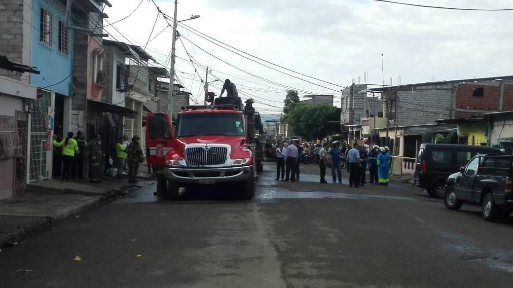 Incendio en el suburbio de Guayaquil