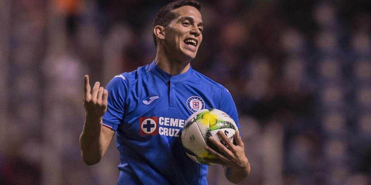Caixinha descarta que Marcone ya sea jugador de Boca Juniors
