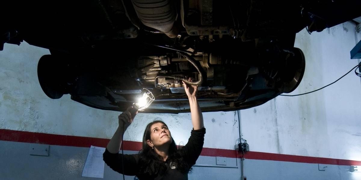 Sesc Campo Limpo promove curso gratuito de mecânica para mulheres