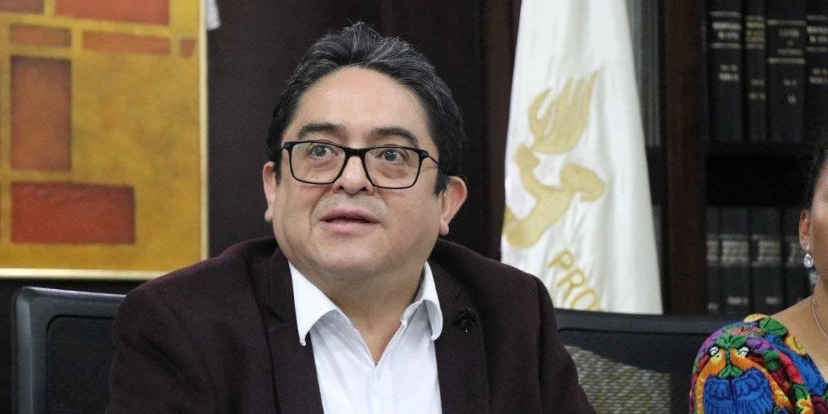 PDH señala de despilfarro a Jimmy Morales por compra de aviones en Argentina